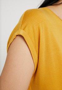 Vero Moda - T-paita - amber gold - 4