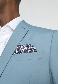 Isaac Dewhirst - PLAIN SUIT SET - Completo - turquoise - 10