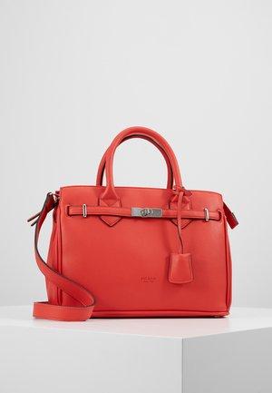 NEW YORK - Handbag - koralle