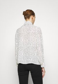 Sister Jane - GET TOGETHER RUFFLE BOW BLOUSE - Button-down blouse - ivory - 2