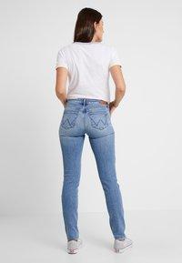 Wrangler - Slim fit jeans - ash cloud - 2