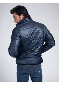 Guess - Winter jacket - mehrfarbig, grundton blau - 2