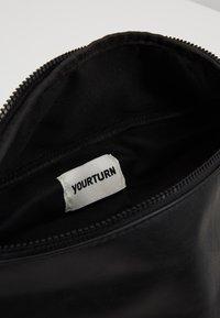 YOURTURN - Riñonera - black - 4