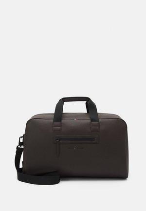 ESSENTIAL UNISEX - Weekend bag - brown