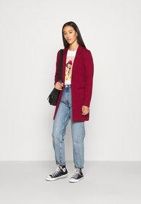 Vero Moda - VMCHLOE LONG BOO - Krótki płaszcz - cabernet - 1