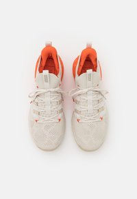 Under Armour - PROJECT ROCK 3 - Chaussures d'entraînement et de fitness - summit white - 3