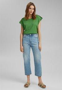 edc by Esprit - Basic T-shirt - green - 1