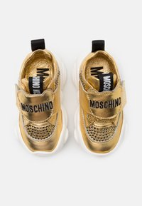 MOSCHINO - Trainers - gold - 3