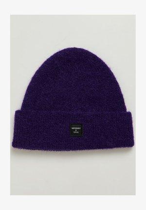 Beanie - bright violet