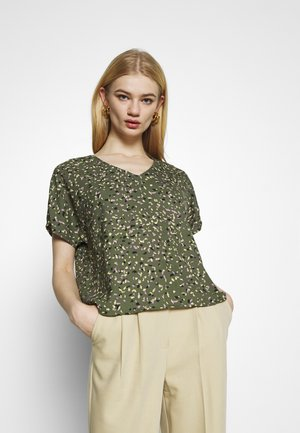 ONLTHORA V-NECK - Blouse - green