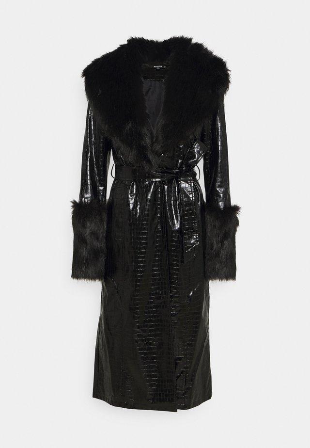 CROC - Trenchcoat - black
