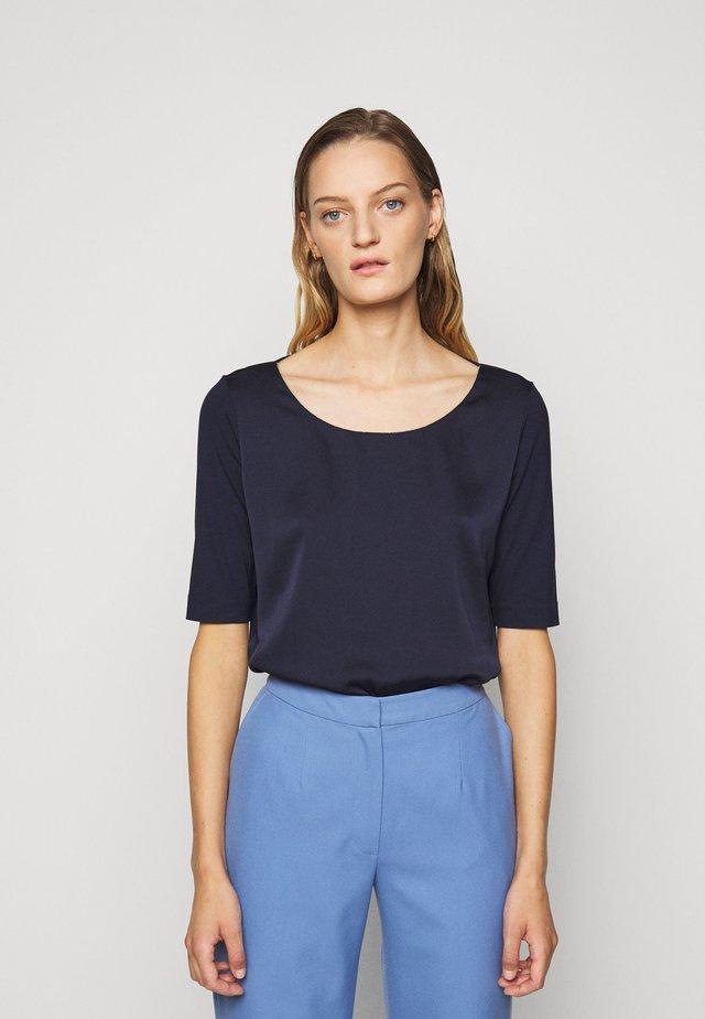 DRESSELIE - Bluzka - open blue