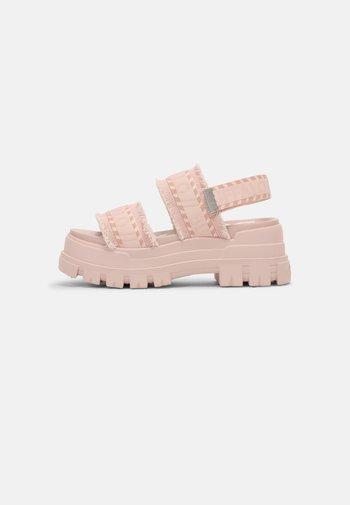 VEGAN ASPHA  - Platform sandals - rose