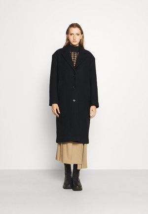 ABBEY COAT - Klasický kabát - black