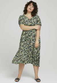 MY TRUE ME TOM TAILOR - Maxi dress - multicolor - 1