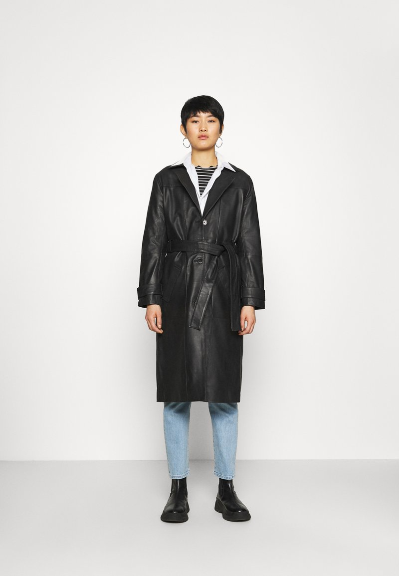 Deadwood - TERRA COAT - Trenchcoat - black