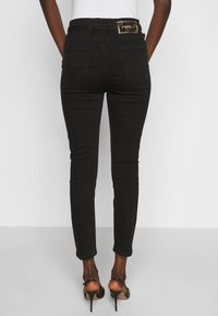 Pinko - SUSAN TROUSERS - Jeansy Skinny Fit - black - 2