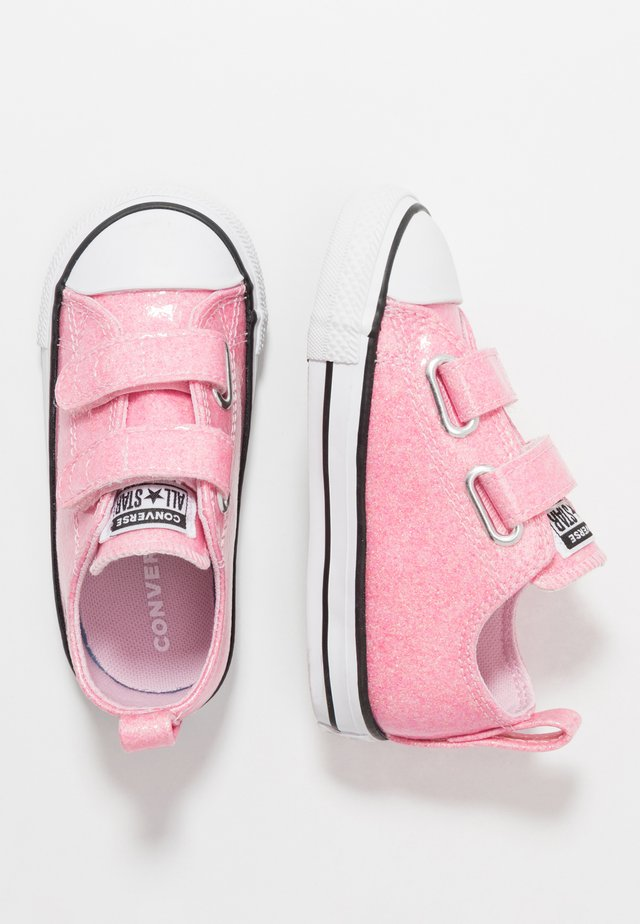 CHUCK TAYLOR ALL STAR GLITTER - Sneaker low - cherry blossom/black/white