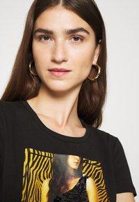 Liu Jo Jeans - MODA - T-shirts print - nero - 3