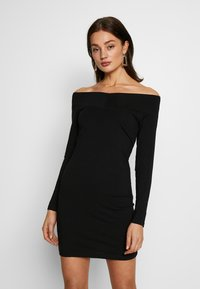 Even&Odd - BASIC - OFF-SHOULDER MINI LONG SLEEVES DRESS - Pouzdrové šaty - black - 0