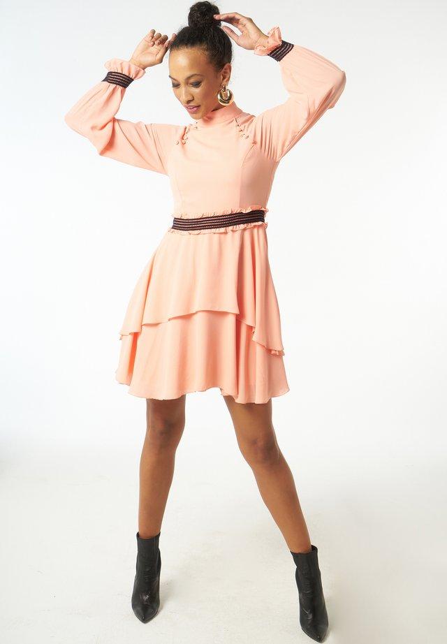 Cocktail dress / Party dress - rosa