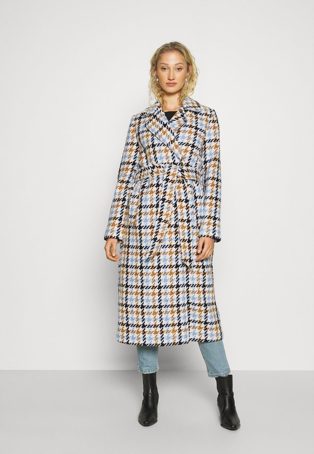 COAT HOUNDSTOOTH - Mantel - light blue/camel