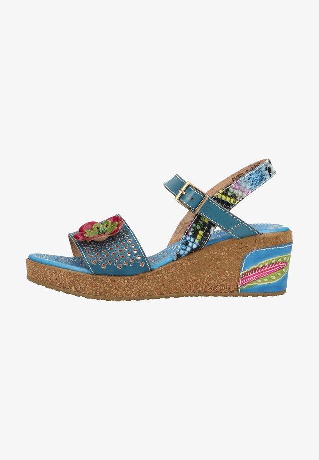Sandály na platformě - bleu