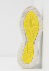 Bronx - BUBBLY - Sneakers laag - offwhite/lime - 6
