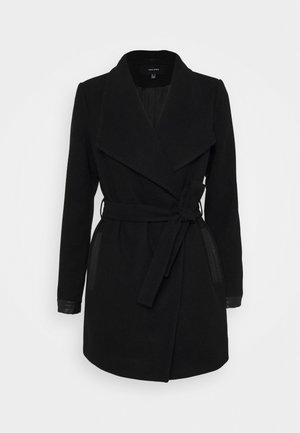 VMCALASISSEL JACKET - Krátký kabát - black