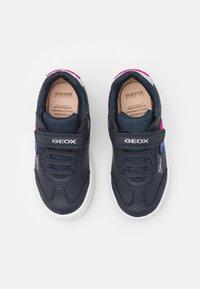 Geox - SKYLIN GIRL - Sneakers basse - navy - 3