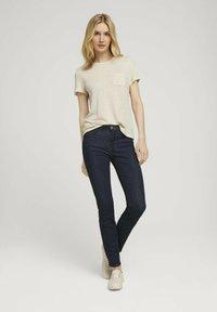 TOM TAILOR - T-shirt - bas - linen white - 1