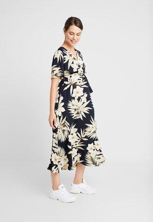 MLLEXIE 2/4 ANCLE DRESS - Maxi šaty - navy blazer/white