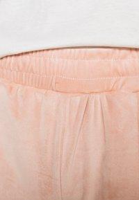 ONLY - ONLALVA PANT  - Tracksuit bottoms - misty rose - 4