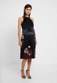 Chi Chi London Maternity - ARDEN DRESS - Robe d'été - black - 0