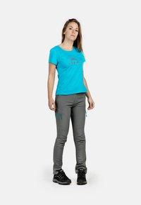 IZAS - T-shirt imprimé - turquoise - 3