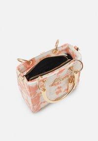 River Island - Handbag - pink light - 3