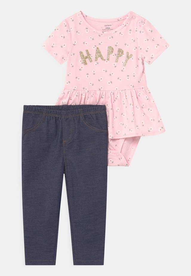 PEPLUM SET - T-shirts med print - pink