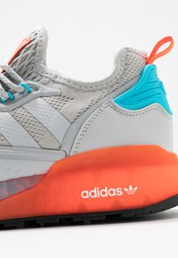 adidas Originals - ZX 2K BOOST  - Trainers - grey two/signal cyan - 2