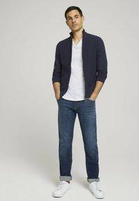 TOM TAILOR - TAVIS REGULAR  - Straight leg jeans - dark stone wash denim - 1