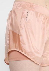 Nike Performance - TEMPO SHORT TECH PACK - Sports shorts - rose gold/reflective black - 3