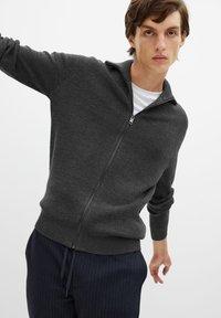 Mango - Zip-up hoodie - grey - 5