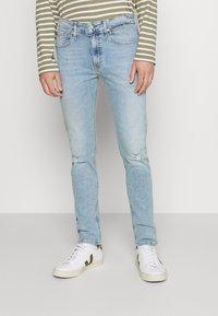 Calvin Klein Jeans - SKINNY - Skinny-Farkut - denim medium - 0