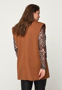 Zizzi - Waistcoat - brown - 2