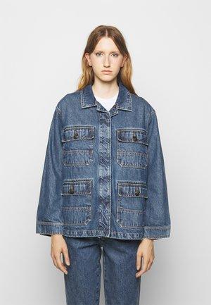 DEAR - Denim jacket - mid blue wash