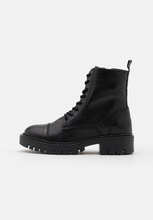 REILLY - Veterboots - black