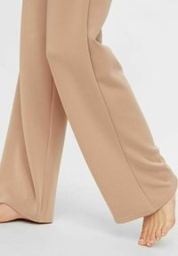 Pieces - Tracksuit bottoms - warm taupe - 3