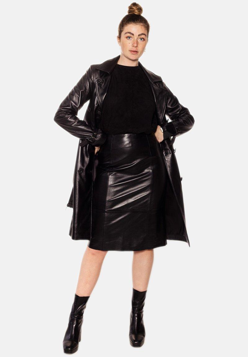LEATHER HYPE - AMARI  - Pencil skirt - black