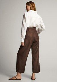 Massimo Dutti - CULOTTE AUS MIT BUNDFALTEN - Trousers - brown - 1