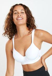 Next - Sports bra - white - 0