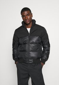 Calvin Klein Jeans - MATTE AND SHINE PUFFER - Giacca invernale - black - 0
